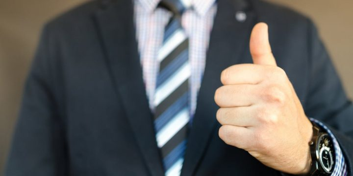 How To Make A Good First Impression Before A Pitch